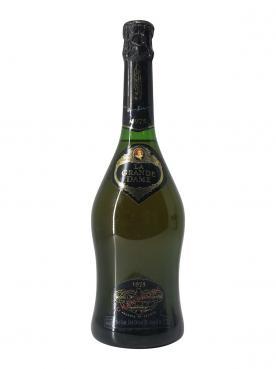 香槟 凯歌皇牌 贵妇 干香槟酒 1975 标准瓶 (75cl)